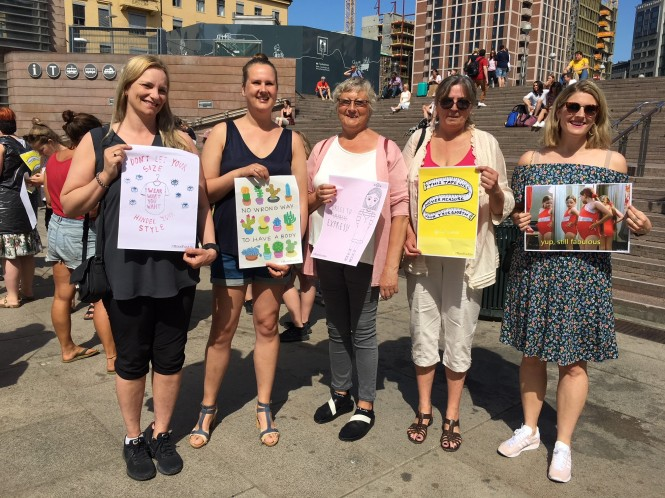 5 damer fra Høye Damer i Høye Hæler